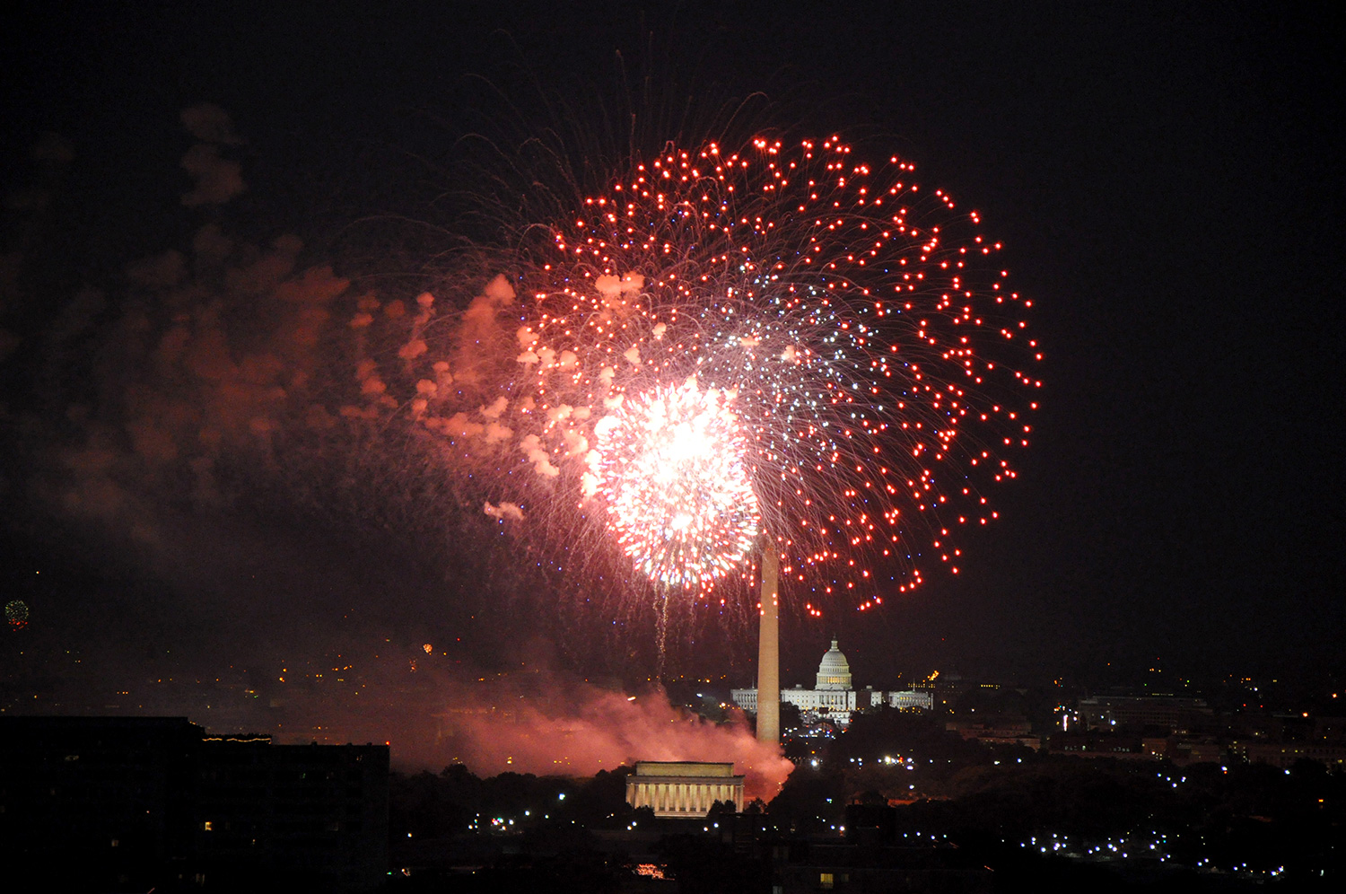 July 4th fireworks over DC from Arlington (2010)