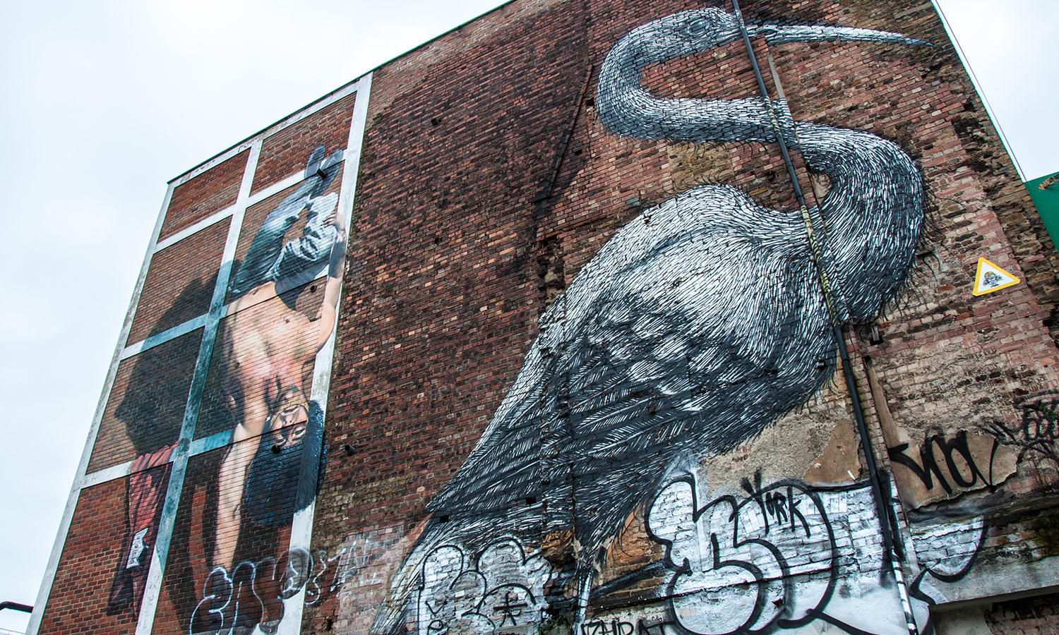Crane by Roa on Hanbury Street - London Street Art